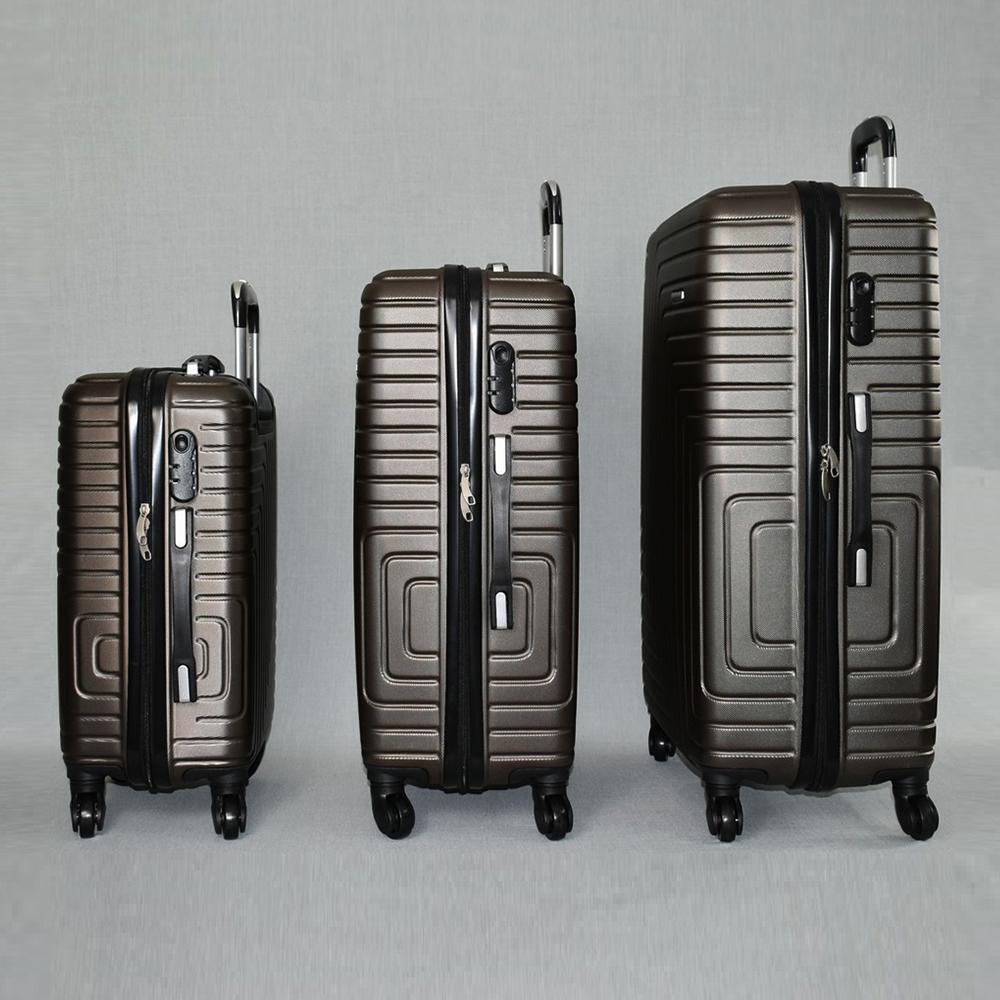 Комплект твърди и леки бизнес клас куфари - спинъри с всички екстри  QUADARAL 8071 BROWN