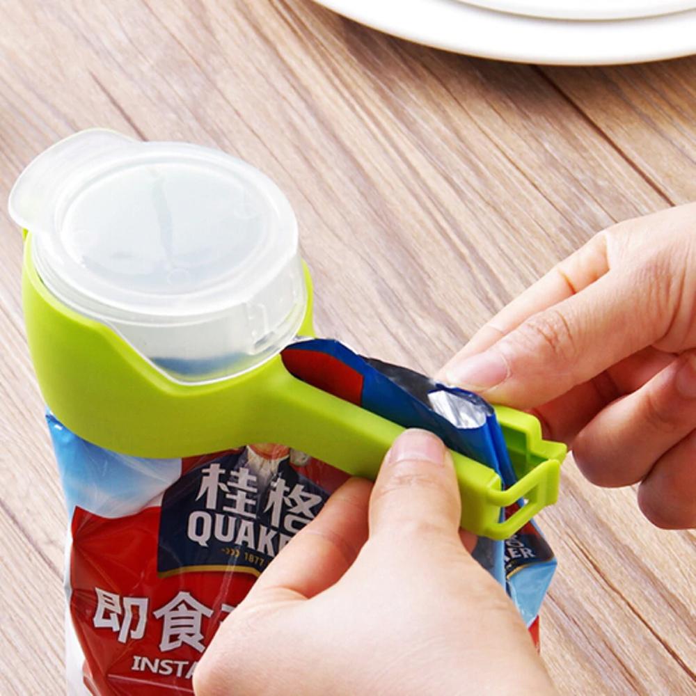 Иновативна щипка с клипс с кръгло гърло за сипване от пакети и запечатване, пластмаса