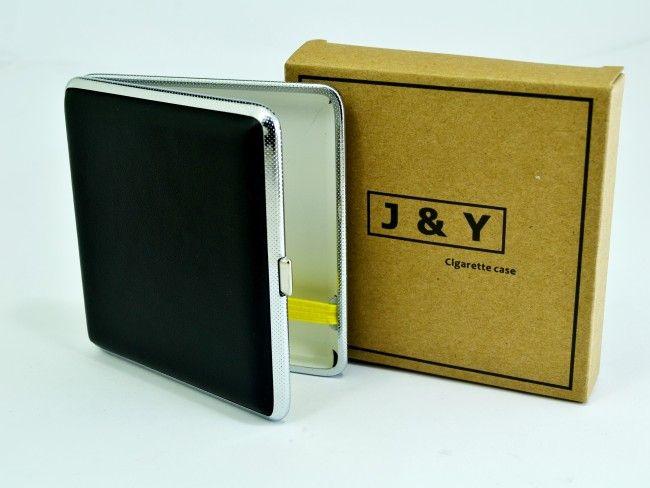 Квадратна табакера J&Y с кожена повърхност за 20 цигари 84 mm