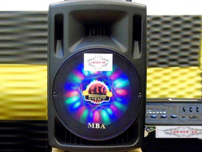Активна карeоке тонколона MBA F15A с диско светлини и 2 безжични микрофона