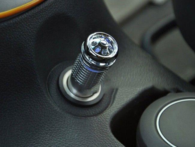 Мощен йонизатор за пречистване на въздуха в купето на автомобила - Ionic Air Purifier