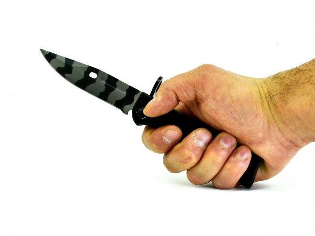 Автоматичен сгъваем нож AK-47 среден размер 726C черно-метал