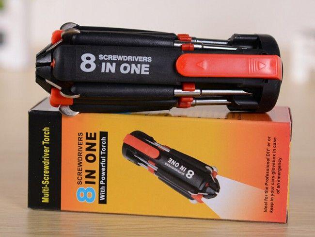 Мултифунционален уред фенер в комплект със сгъваеми отвертки 8 в 1 с LED фенер