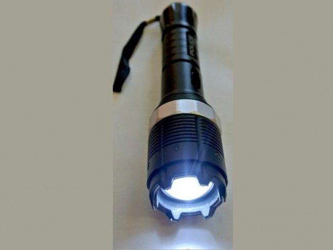Мощен полицейски LED фенер с електрошок LB2014-2