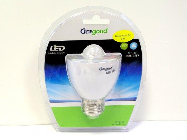 Интелигентна LED крушка 3W с датчик за движение - ултра спестител на електроенергия