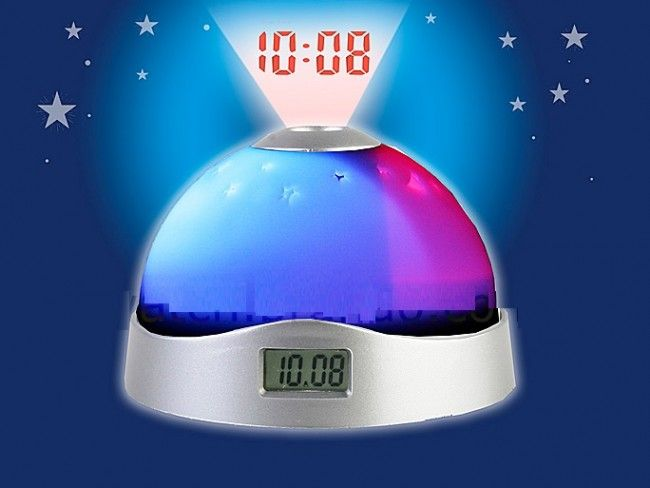 Магичен LED часовник-лампа прожектира часа и звездно небе на тавана. Аларма и дата, 3хААА