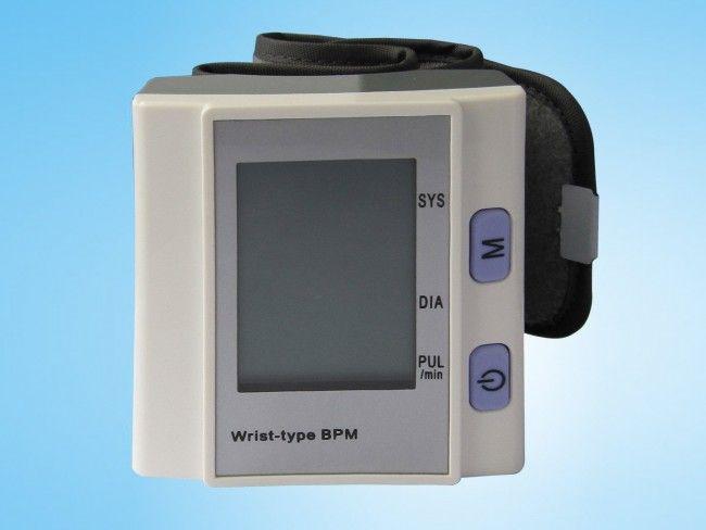 Автоматичен електронен апарат за кръвно налягане BP-201M, захранване 2 батерии ААА
