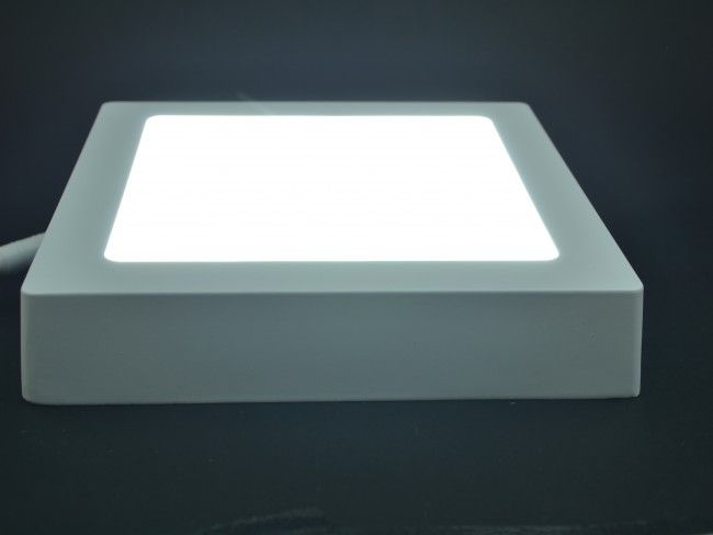 Квадратно LED осветително тяло 18W, външен монтаж, студена бяла светлина 6500К