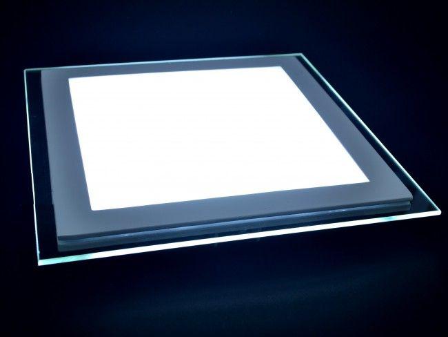 LED осветително тяло за вгражданe18W с атрактивен стъклен ринг,студена бяла светлина 6500K