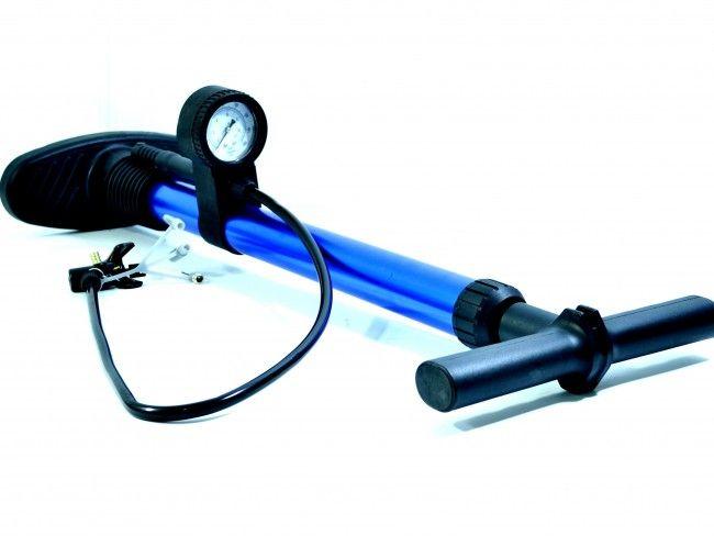 Качествена ръчна помпа за колело А-2001 с вграден манометър