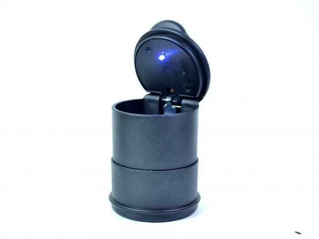 Край на пепелта и миризмите с херметичния автопепелник с LED осветление