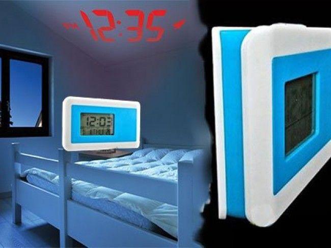 Уникален прожектиращ дигитален часовник с дата, температура , хронометър и аларма, 2хАА