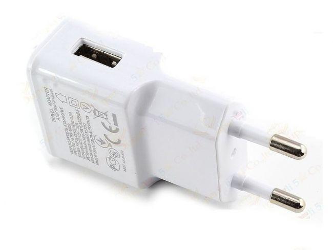 Мощен USB адаптер 5V/2A за таблети, смартфони и други