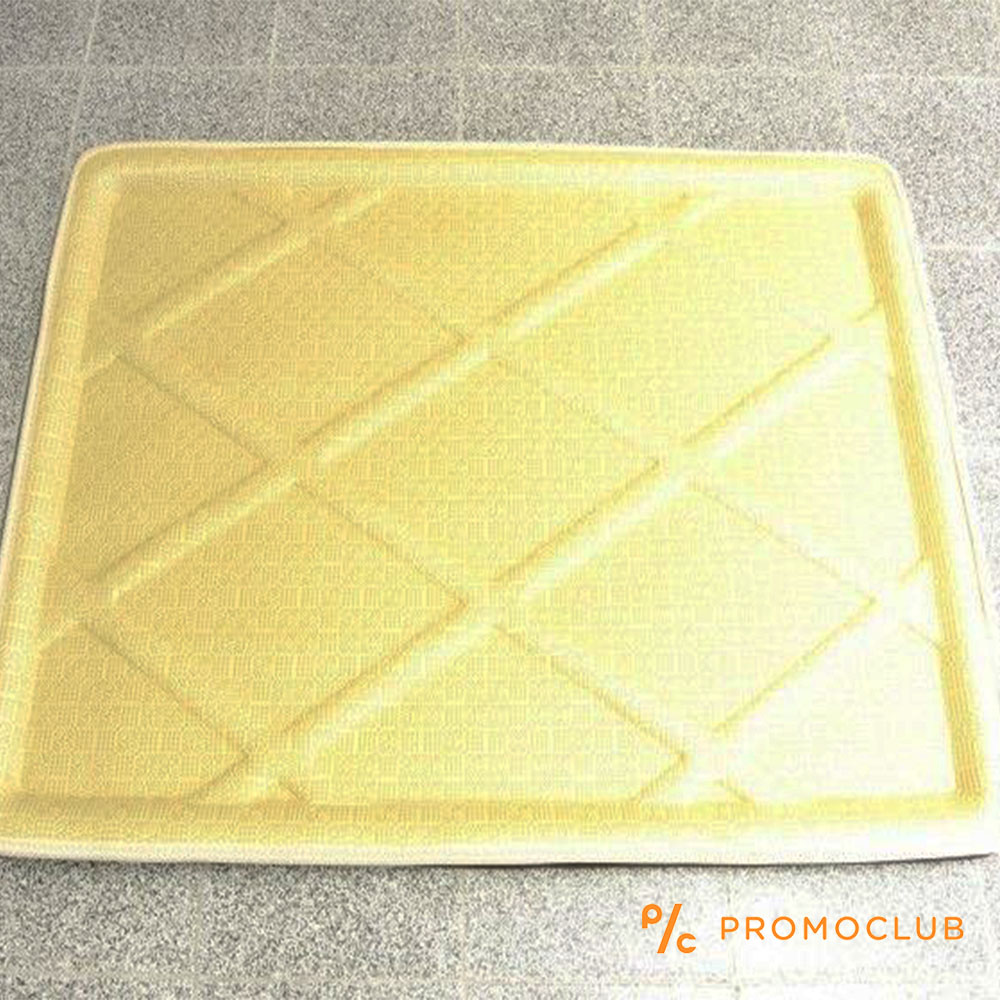 Бежово винилово корито за авто багажник 82х60 см