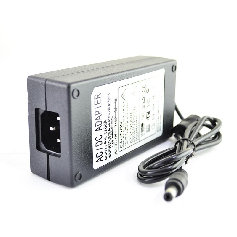 Адаптер 8A, 12 V