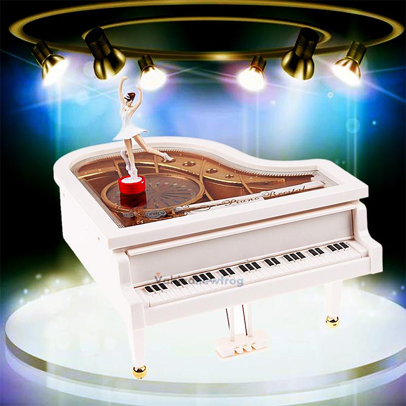 Истинска музикална кутия - латерна с балерина