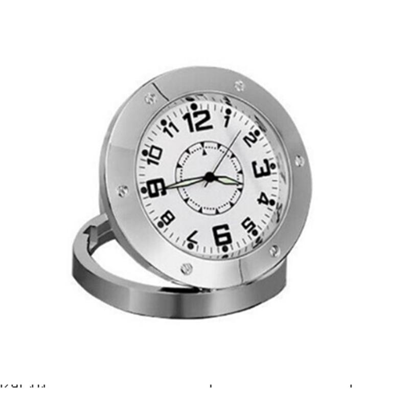 Скрита камера тип луксозен, хромиран часовник с поставка DVR 520