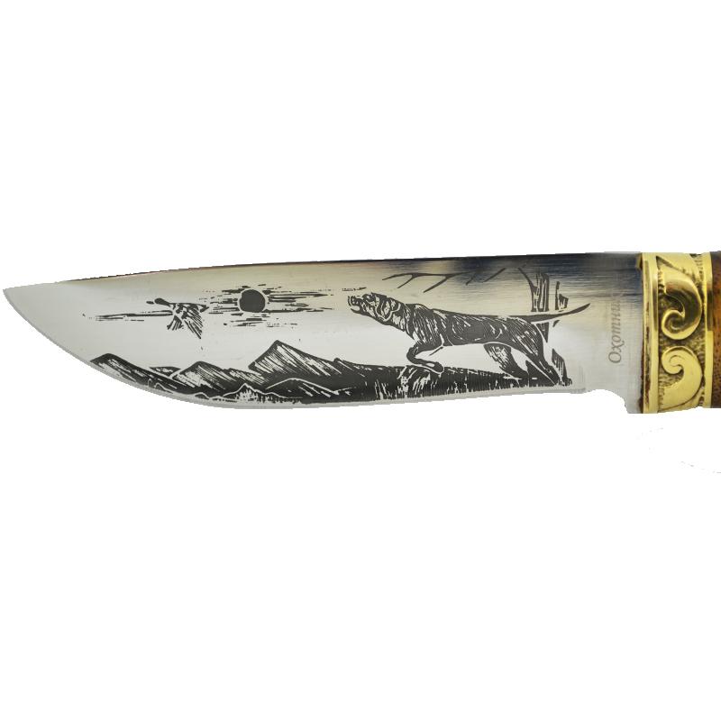 Ловен нож ОХОТНИК 1022, гравирано острие