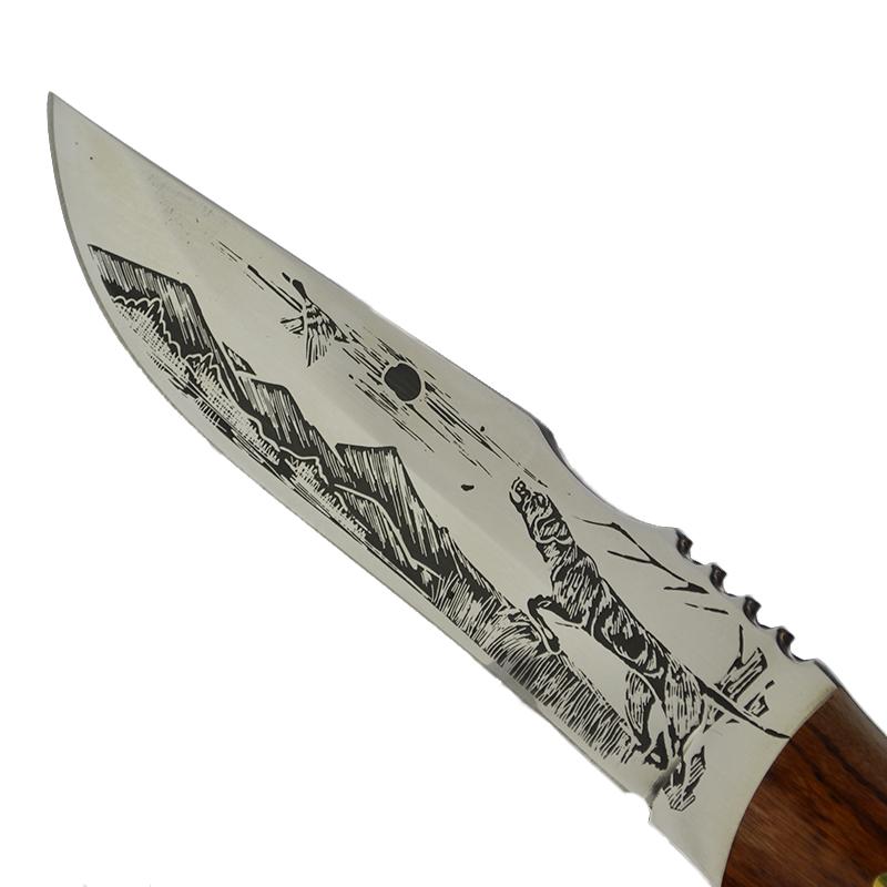 Руски ловен нож  Чёрное Солнце 1990A с ловна сцена на острието