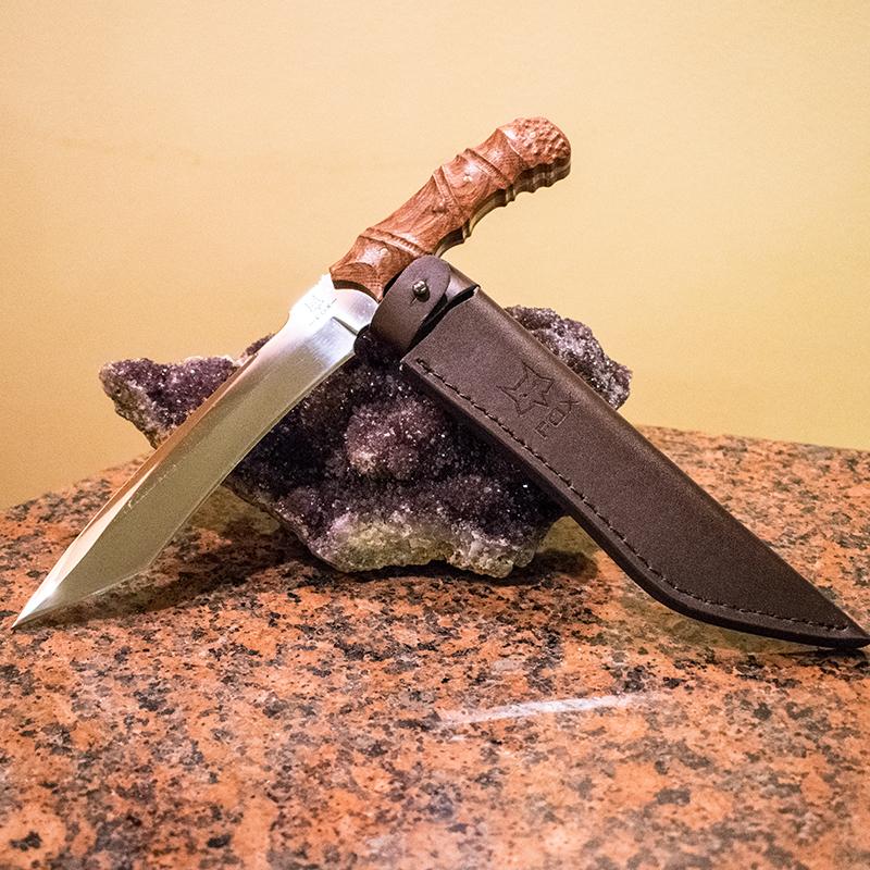 Бутиков ловен нож FOX FX1 лукс в кожена кания гьон и ВИП подаръчна дървена кутия