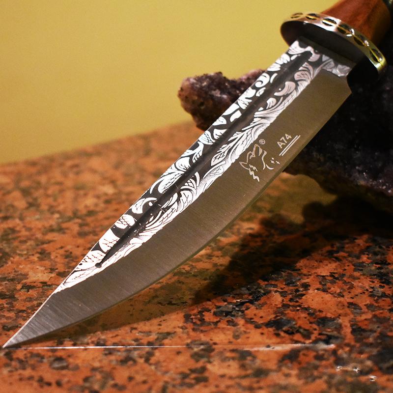 Голям бутиков ловен нож WOLF А74 с кания и дървена дръжка череша