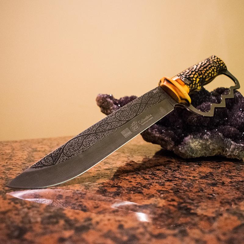 Ловен нож Columbia GXF USA XF75 с кокалена дръжка и метален гард на дръжката