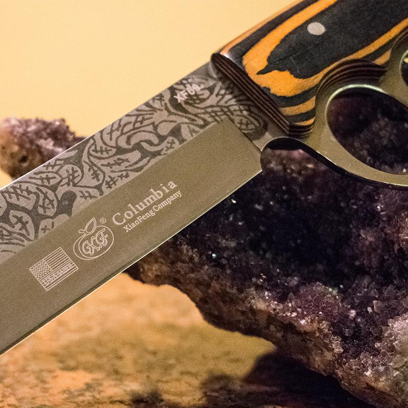 Ловен нож Columbia GXF USA XF69 с дървена дръжка и метален гард на дръжката