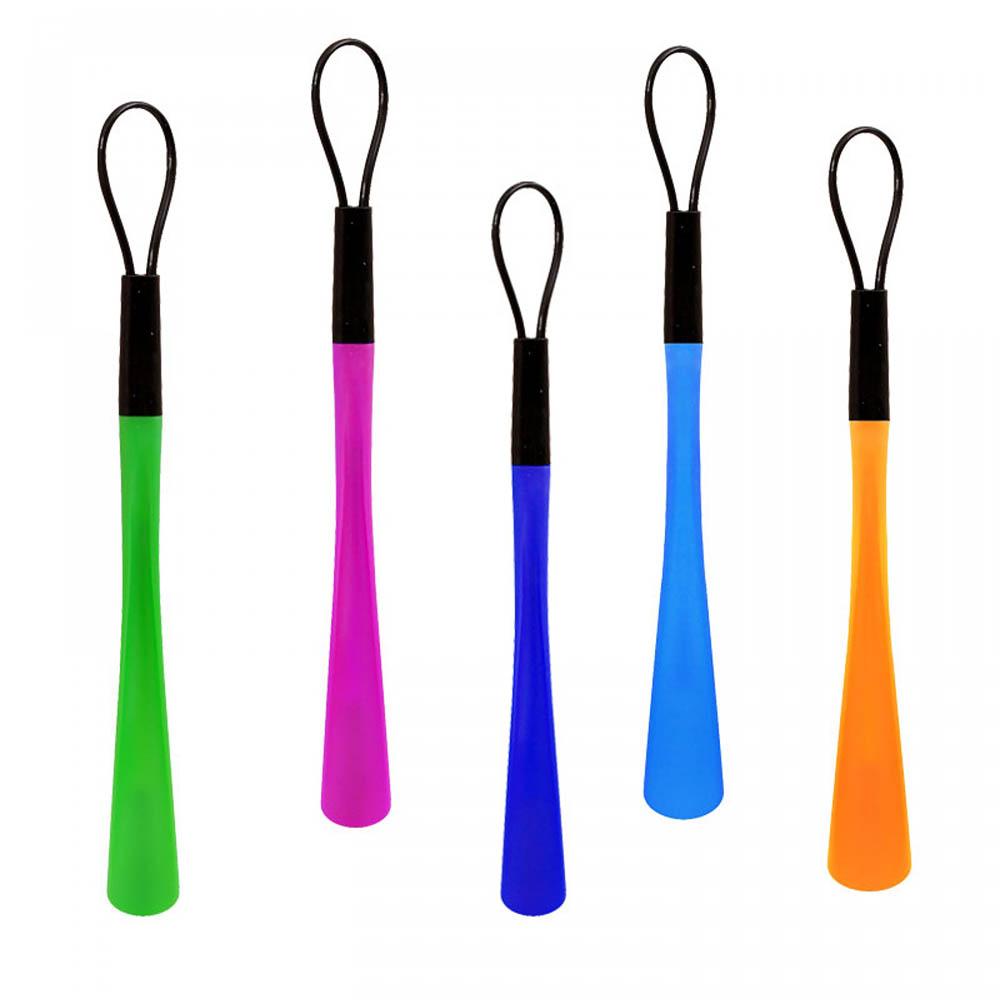 Цветни обувалки с каишка за ръка и закачане, 38 см, пластмасови