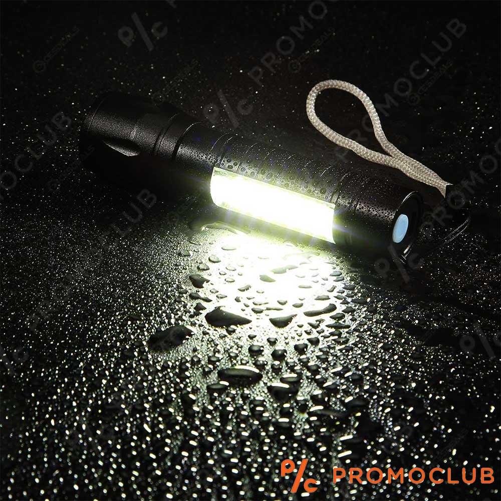 Малък водоустойчив CREE USB LED фенер 2 в 1  с метален корпус, вградена батерия и кутия