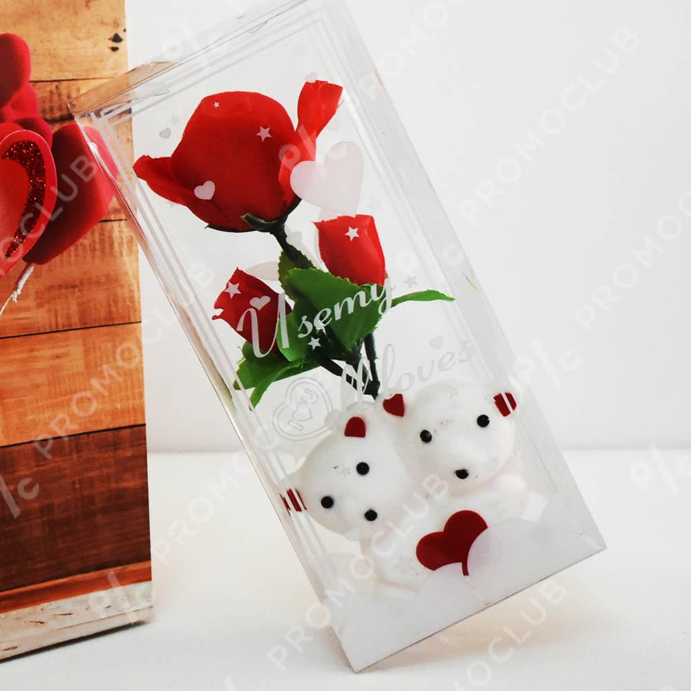 Две мечета с розички в кутия - романтичен подарък в кутия и луксозна подаръчна торбичка
