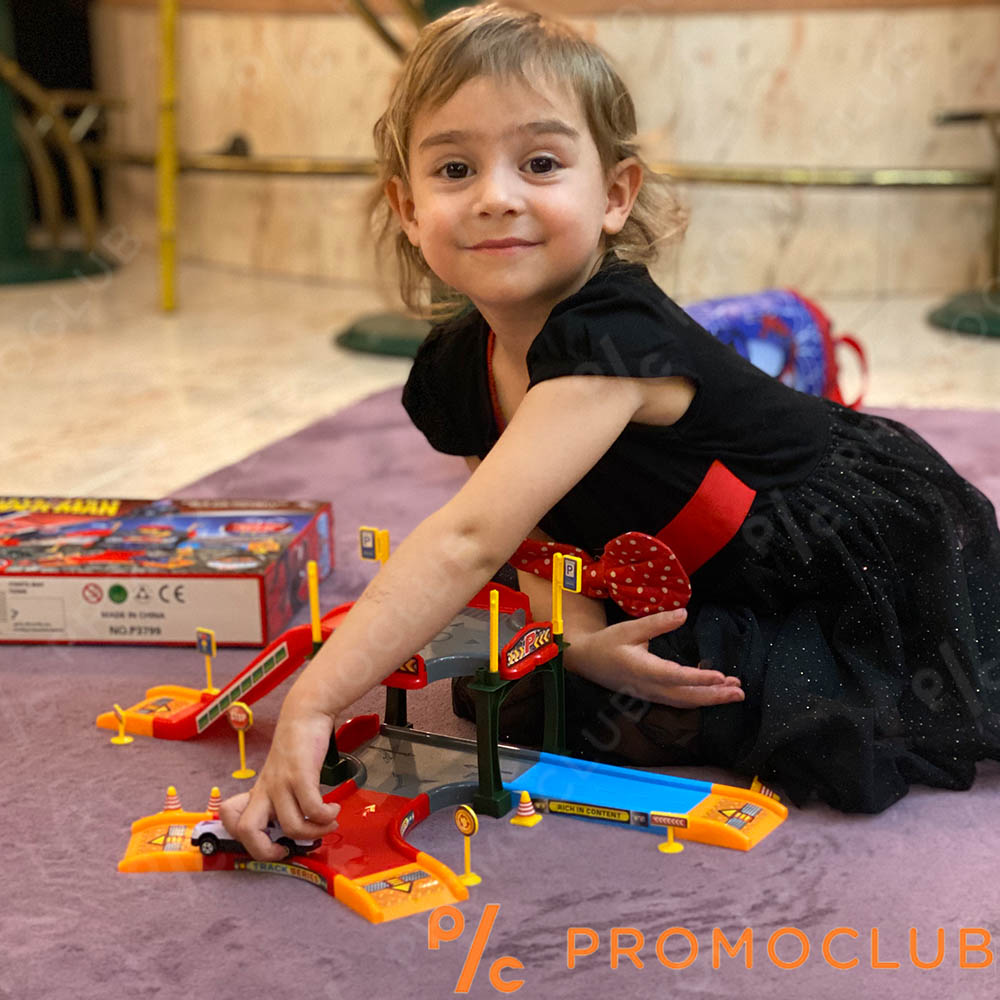 Детски конструктор двуетажен  авто гараж с виадукти, аксесоари, знаци, конусти, лепенки