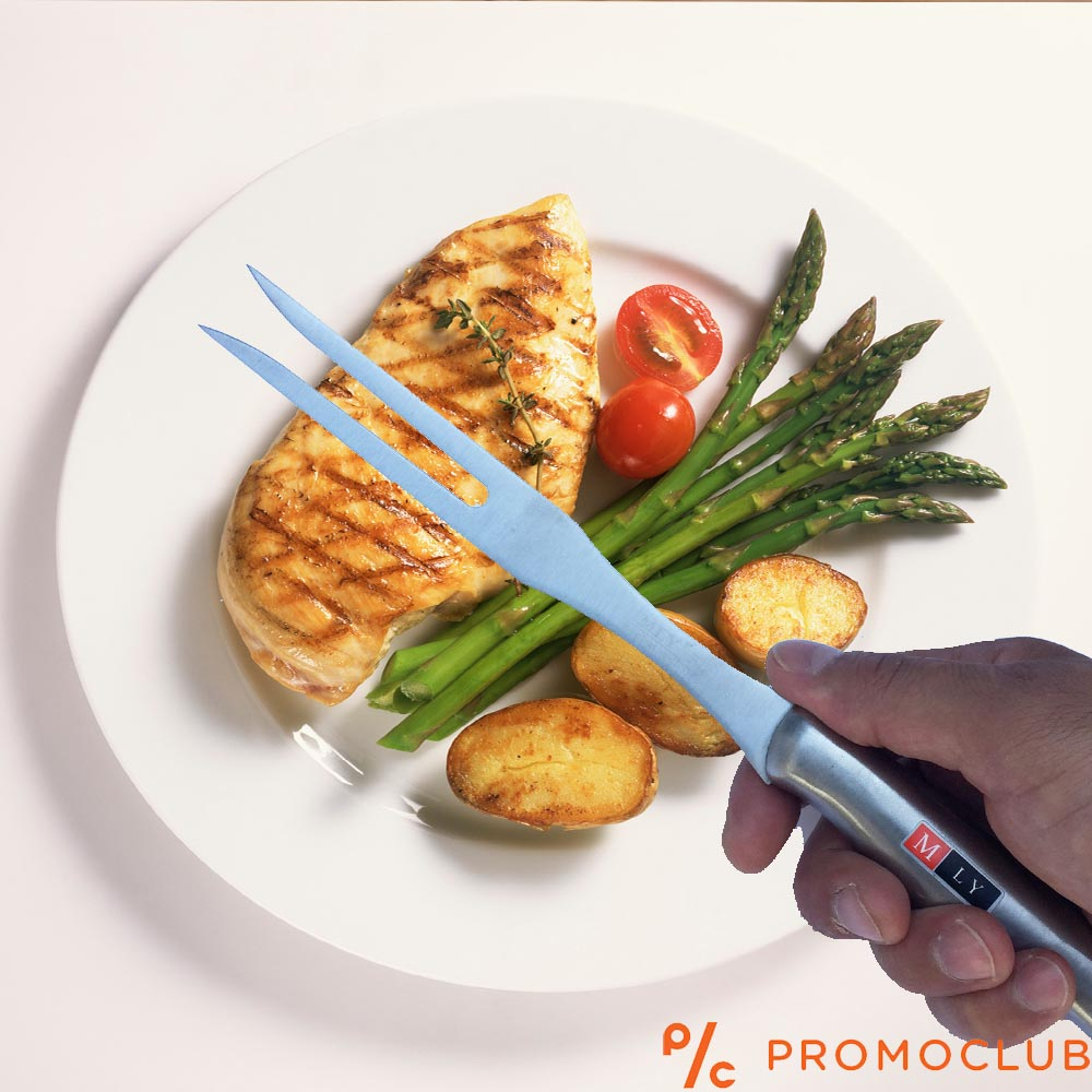 Метална вилица за месо и сервиране