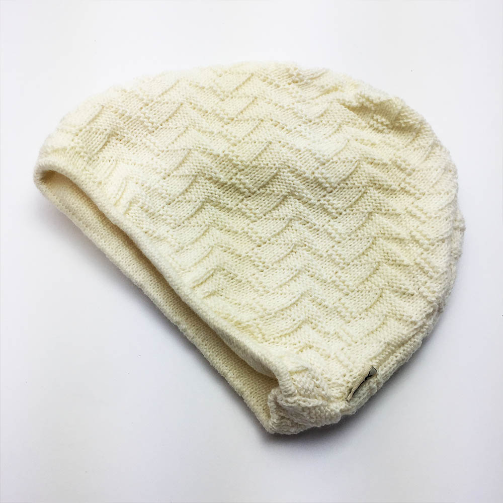 Елегантна зимна дамска шапка ZAK DREAM WHITE, 50% вълна