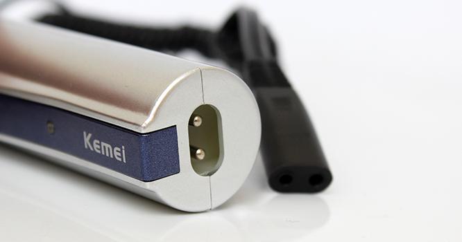 Акумулаторен тример  за стайлинг KM-3300 Kemei 2-in-1 за нос, уши и лице