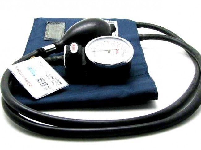 Класически механичен апарат за кръвно налягане Mac Check
