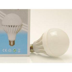 Kрай на разходите за електричество : супер икономична LED крушка 12W