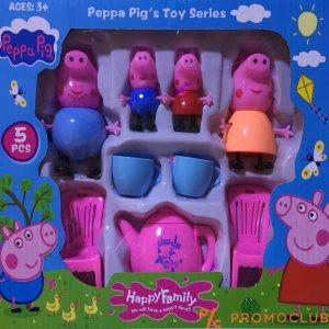 Peppa pig цялото семейство със столчета и сервиз
