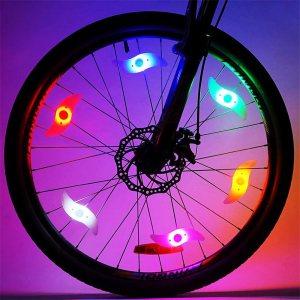 Ярки цветни светлинки за велосипедни колела, видими отдалеч