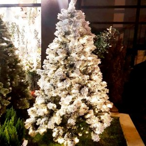 Супер луксозна коледна елха 2.40 м SNOW CHRISTMAS TREE със 700 ярки LED лампички