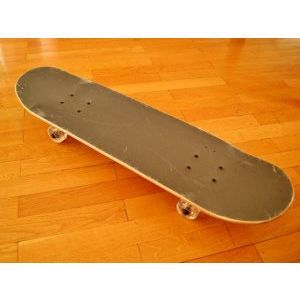 Професионално изпълнен супер здрав скейтборд