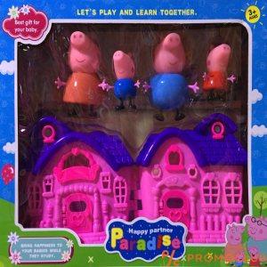 Peppa pig Цялото семейство с розова къщичка