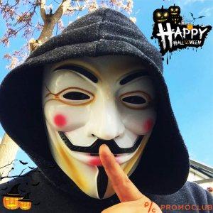 Зловеща хелоунска маска на V for Vendetta