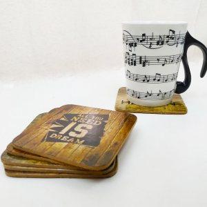 Комплект 6 броя дървени подложки за чаши с вдъхновяваща тематика и пожелания, 9 х 9 см